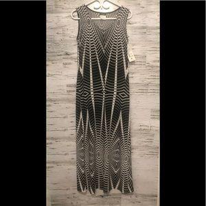 NWT Bali black and white Maxi dress